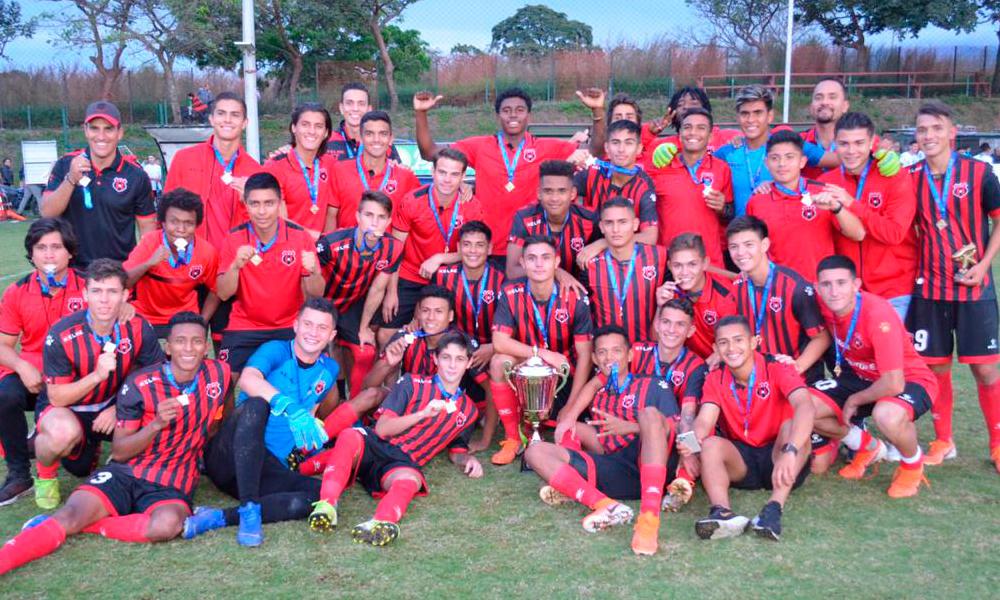 Los equipos de liga menor tienen autorización para entrenar. Alajuelense fue el último campeón Sub 20.