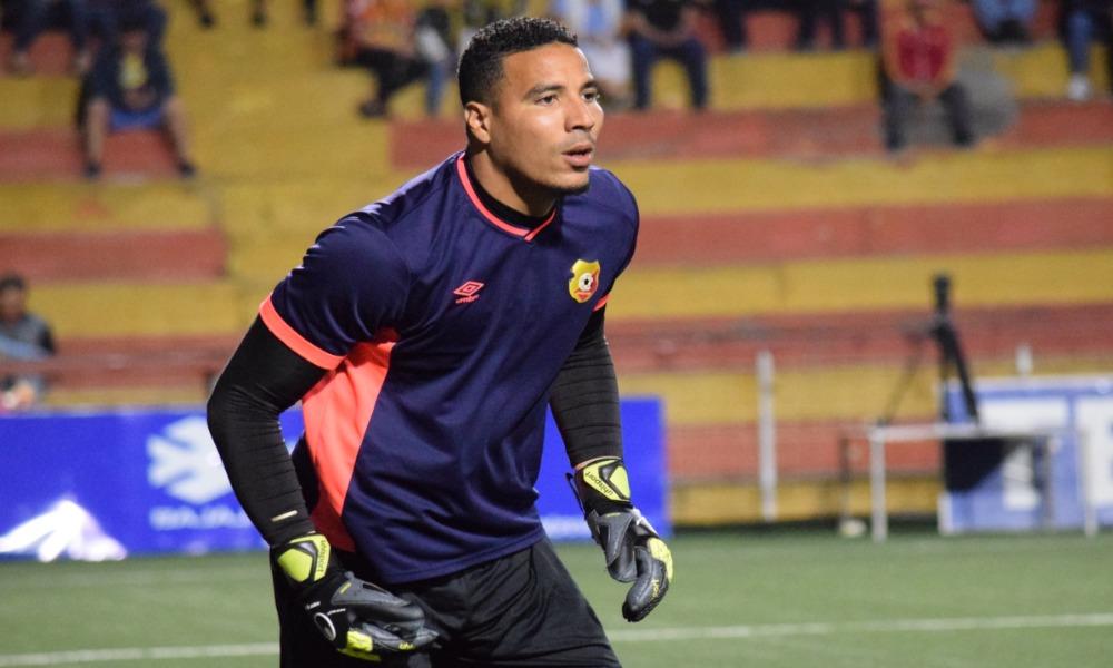 Esteban Alvarado ya no es jugador del Club Sport Herediano. Resindió su contrato y se marchó.