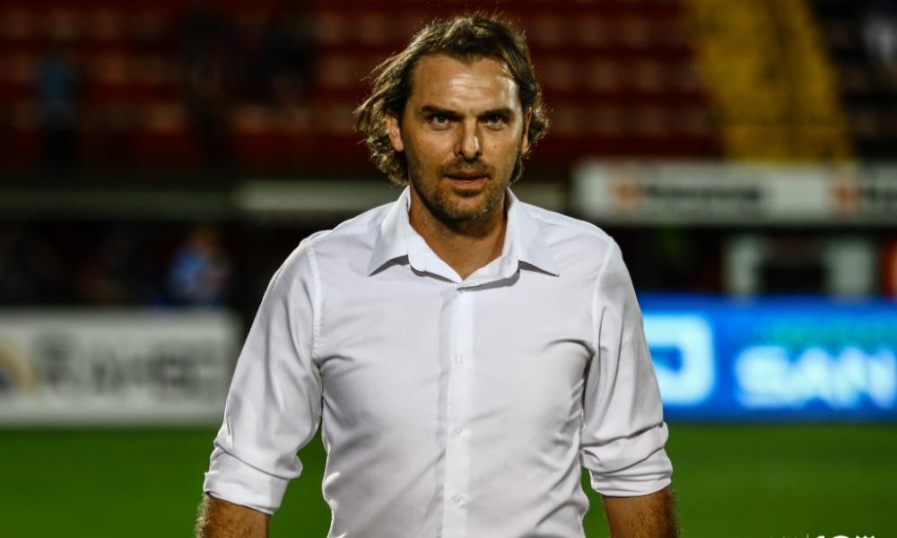 Andrés Carevic, técnico de Liga Deportiva Alajuelense, a punto de iniciar su cuarto torneo en el banquillo.