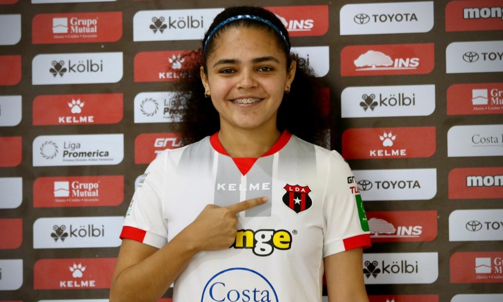 Alexandra Pinell es una juvenil sancarleña que se suma a las filas de Liga Deportiva Alajuelense.