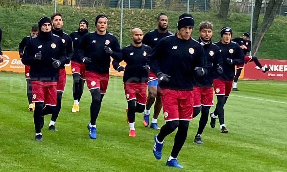 La Sele Mayor Masculina necesita más opciones en la lateral izquierda y en el centro de la delantera, según el técnico Ronald González.