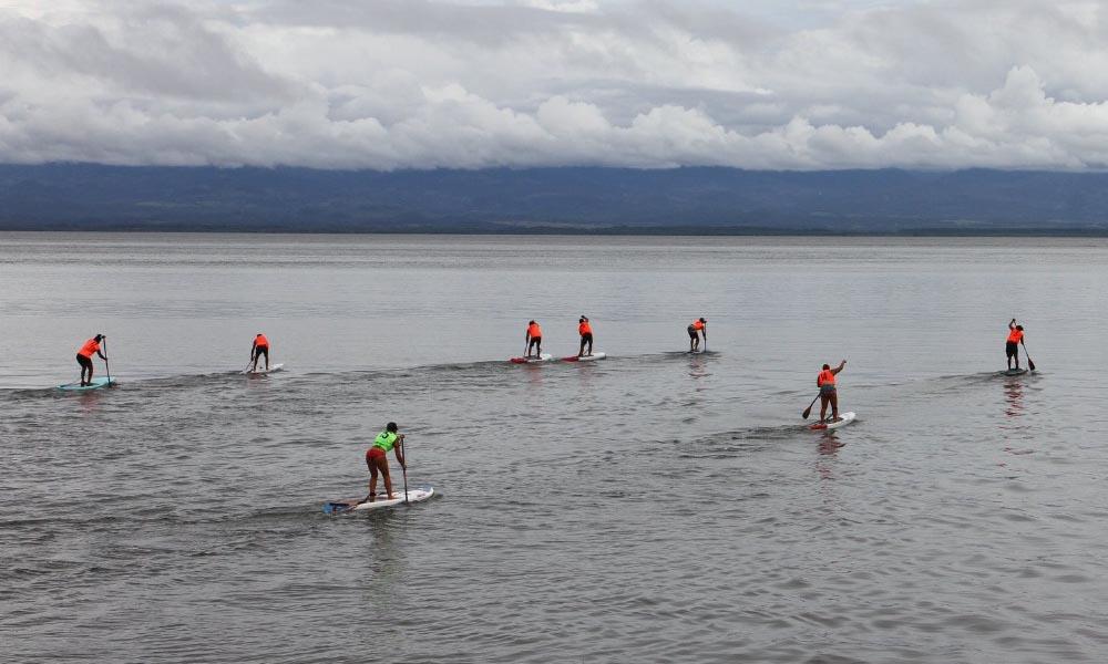 El surf de remo se desarrolló bajo estrictas medidas sanitarias, en el regreso a la competencia en medio de la pandemia por el COVID-19.