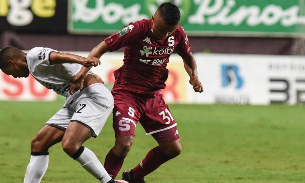 Fabricio Alemán acumuló apenas 45 minutos con el primer equipo del Deportivo Saprissa en el Apertura 2020.