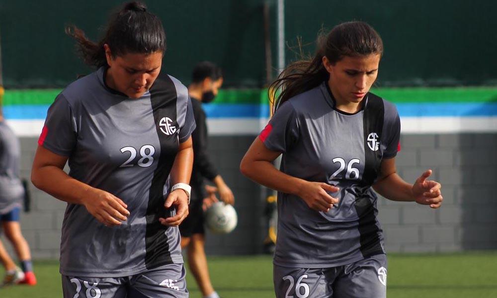 Fernanda Barrantes y Daniela Mesén ya se integraron a los entrenamientos del Sporting, de cara a la temporada 2021 del fútbol femenino.