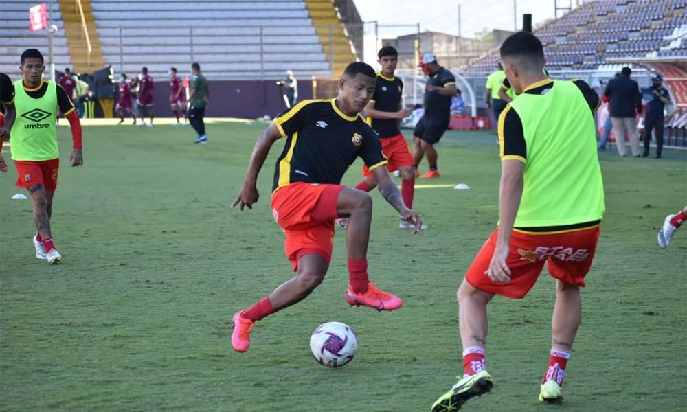 Herediano le apostará a la calidad de sus jóvenes figuras, según el asistente técnico, Pablo Salazar.