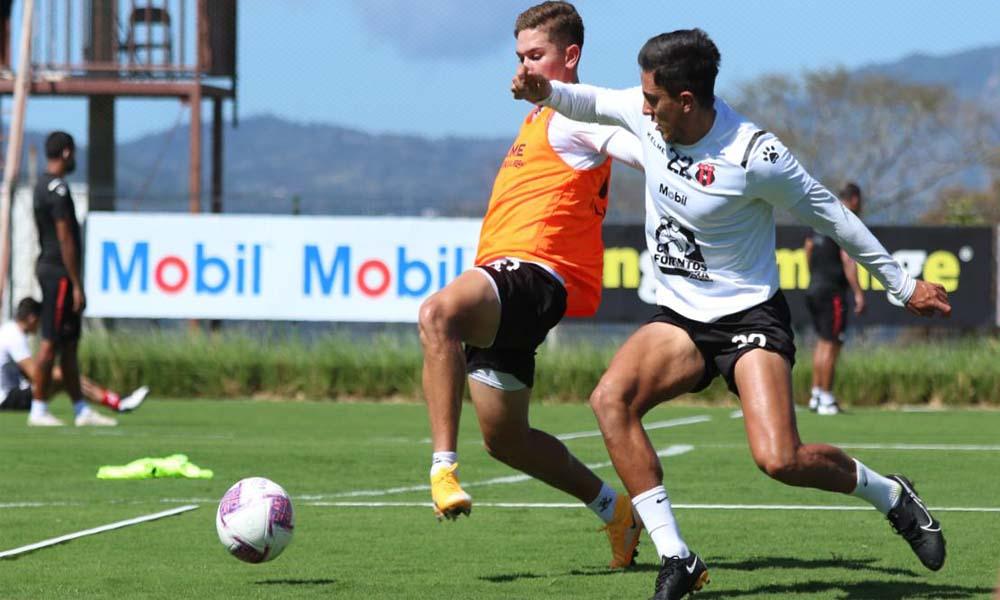 Alajuelense se presenta, de entrada, como el principal candidato al título en el Clausura 2021.