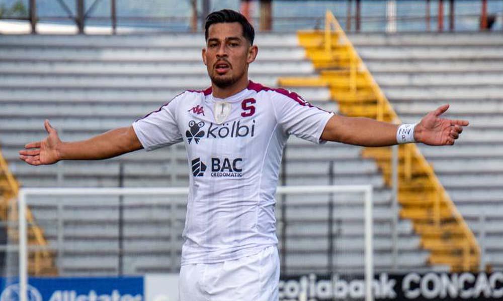 Ariel Rodríguez marcó el segundo gol para Saprissa ante el Arcahaie FC. Los morados están en la final de Liga CONCACAF ante Aajuelense.