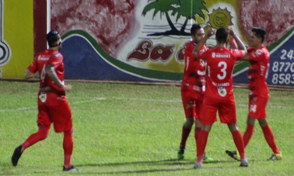 COFUTPA dio cuenta de Carmelita, con facilidad, estableciendo un amplio 6 – 2 en el marcador.