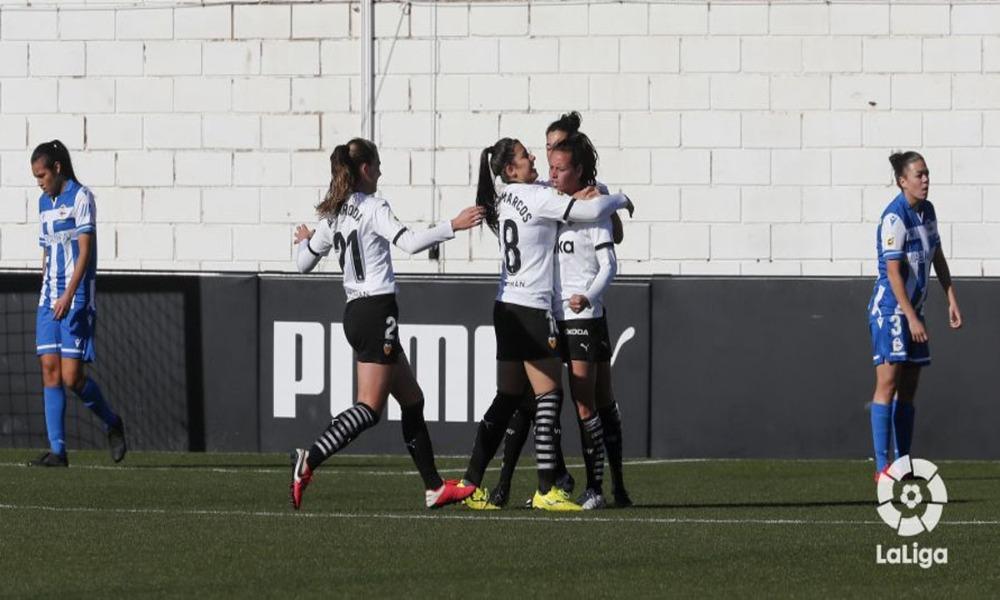 El Deportivo perdió ante el Valencia, y sigue metido en puestos de descenso en la Liga Iberdrola, en España.