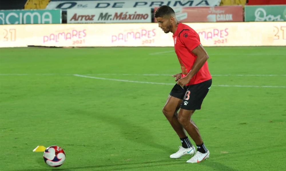 Johan Venegas marcó dos veces en su retorno a Alajuelense, esta noche.