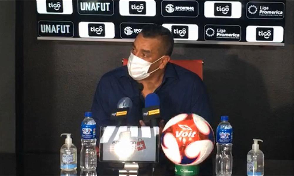 José Giacone dio el primer paso en el esfuerzo de mantener a Sporting en la primera división el fútbol nacional.