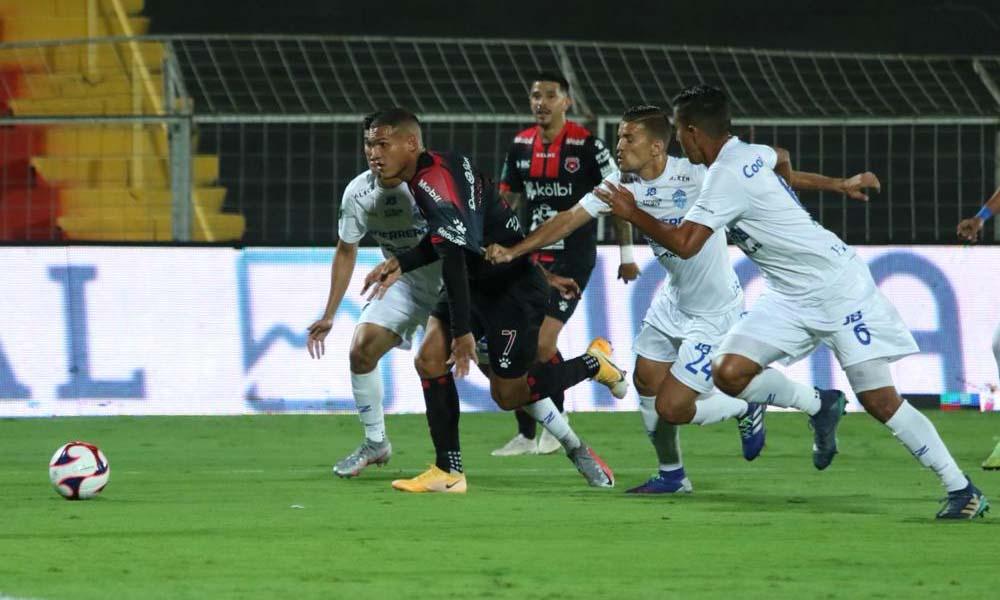 Alajuelense se impuso a Pérez Zeledón, en el estreno de su título.