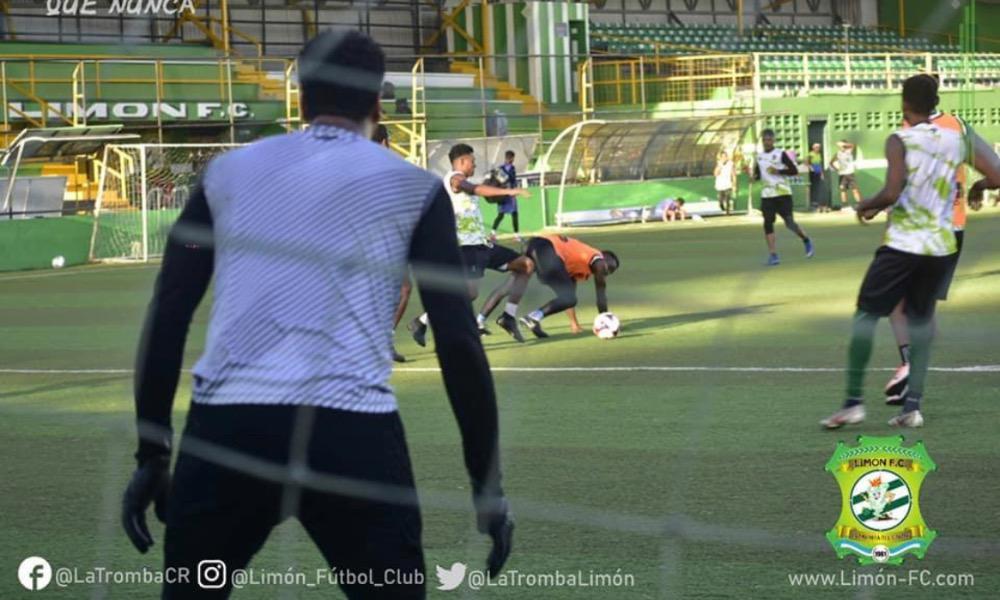 Limón FC completó su preparación para el juego de este sábado por la tarde, ante Alajuelense.