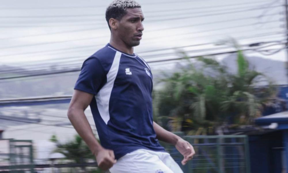 Marcel Hernández se va del Cartaginés para el torneo que comienza mañana.