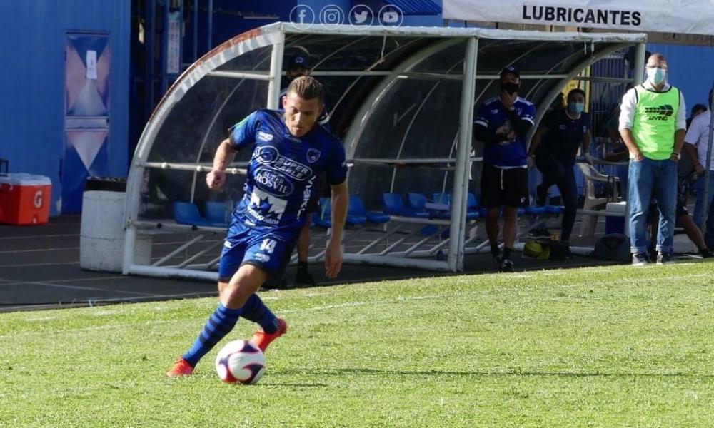 Pablo Herrera disfruta su regreso a la primera división con el Municipal Grecia.