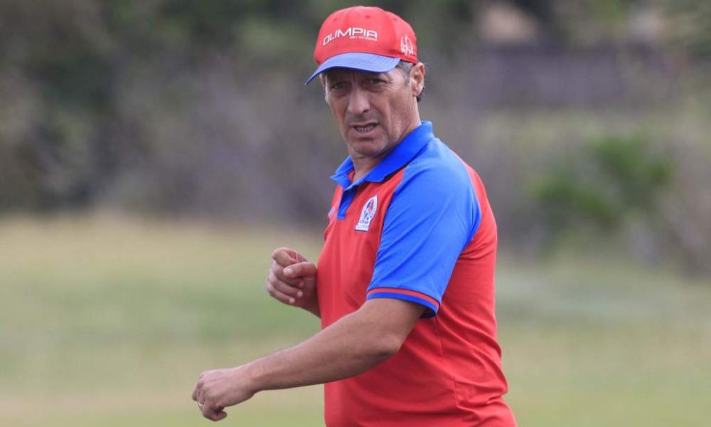 Pedro Troglio, técnico del Olimpia, de Honduras, no ve favoritos para el encuentro ante Alajuelense.