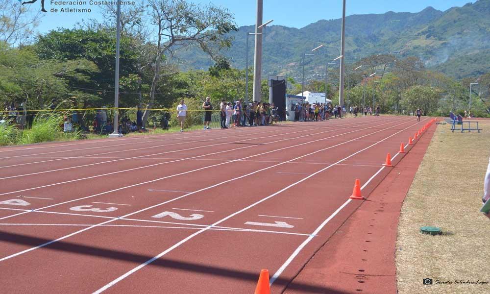 La nueva pista atlética de Puriscal será construida, ahora, en el estadio municipal. Imágenes con fines ilustrativos.