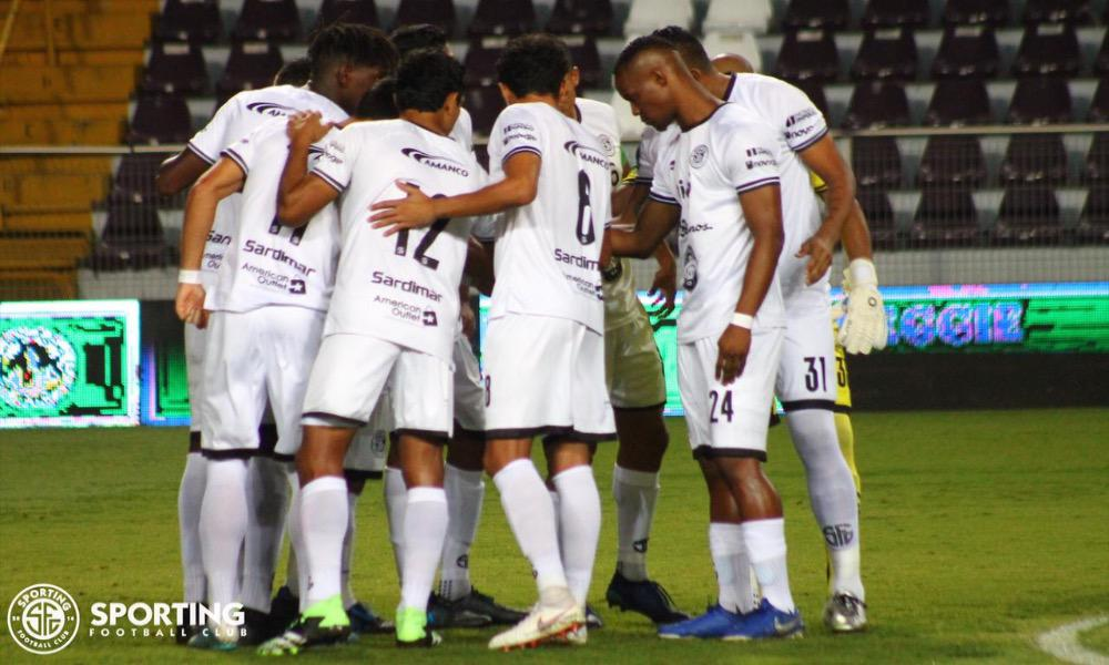 El equipo Sporting FC se llevó una goleada del Ricardo Saprissa, tras iun mal desempeño, especialmente en las jugadas a balón parado.