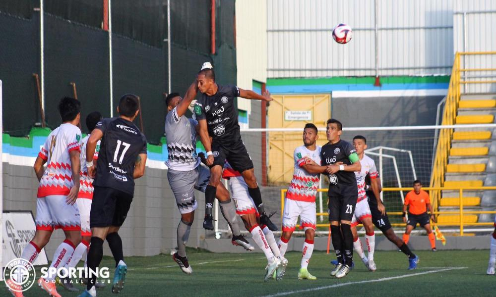Sporting y Santos protagonizaron un partido sin muchas emociones. Al final, la victoria fue para los caribeños.