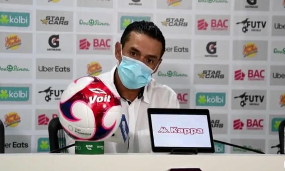 Walter Centeno, el técnco de Saprissa, ya está enfocado en la final de Liga CONCACAF ante Alajuelense.