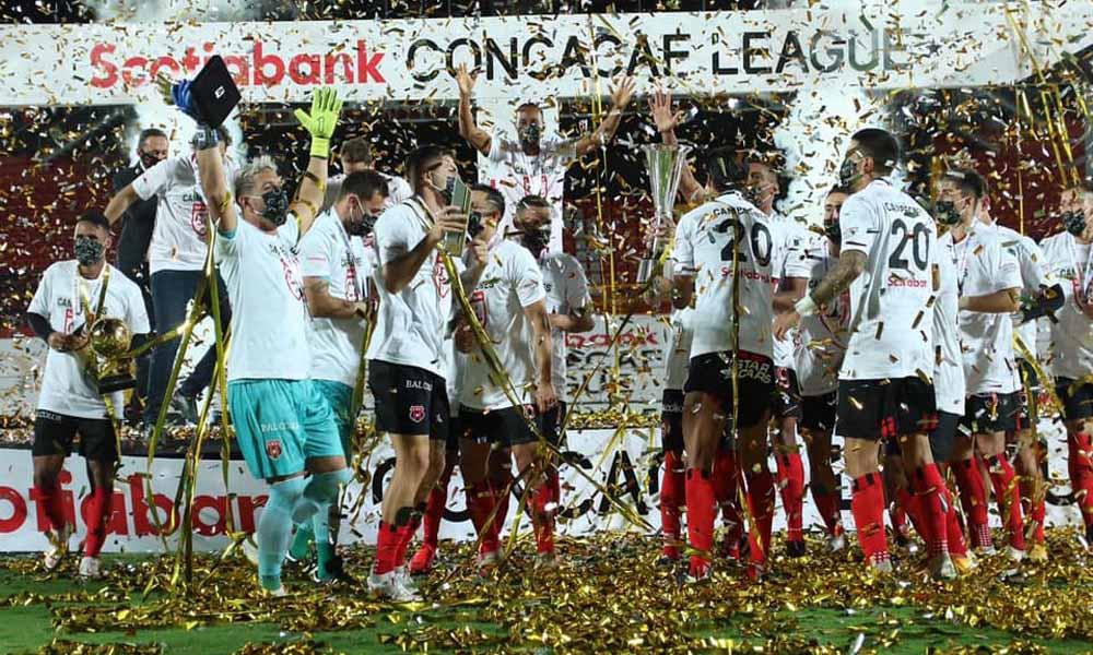 Alajuelense, con el título de la Liga CONCACAF, metió más de medio equipo en el XI ideal del torneo.