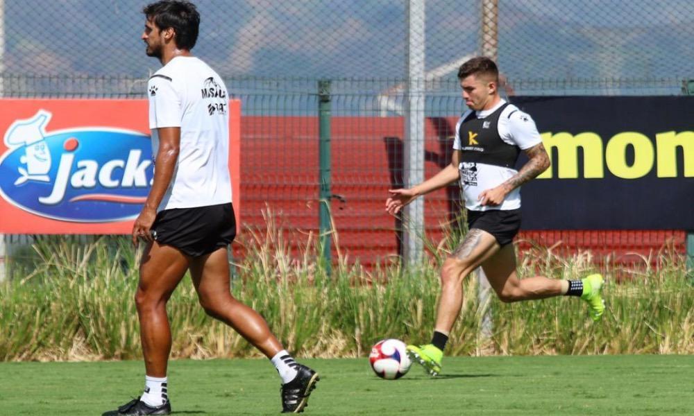 Alajuelense tiene por objetivo en cada entrenamiento, la corrección de los errores propios. Piensa poco en los rivales.