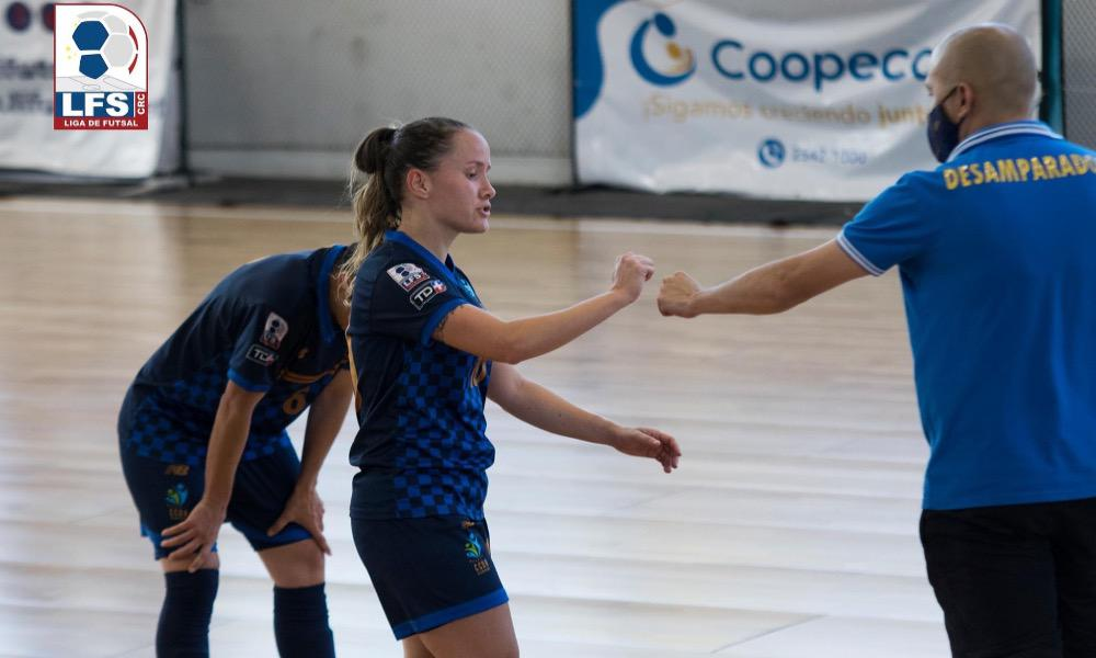 El CCDR Desamparados es uno de los finalitas del Torneo de Copa del Futsal, en la rama femenina.