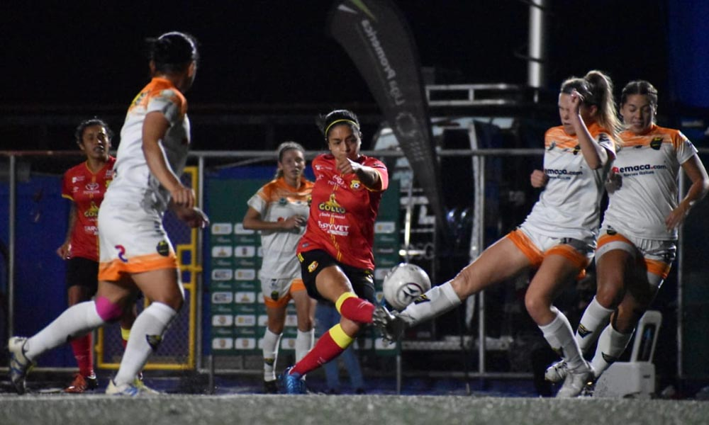 Mariana Benavides fue clave en el juego del Herediano en la primera parte. Pero, ya no salió al segundo tiempo.
