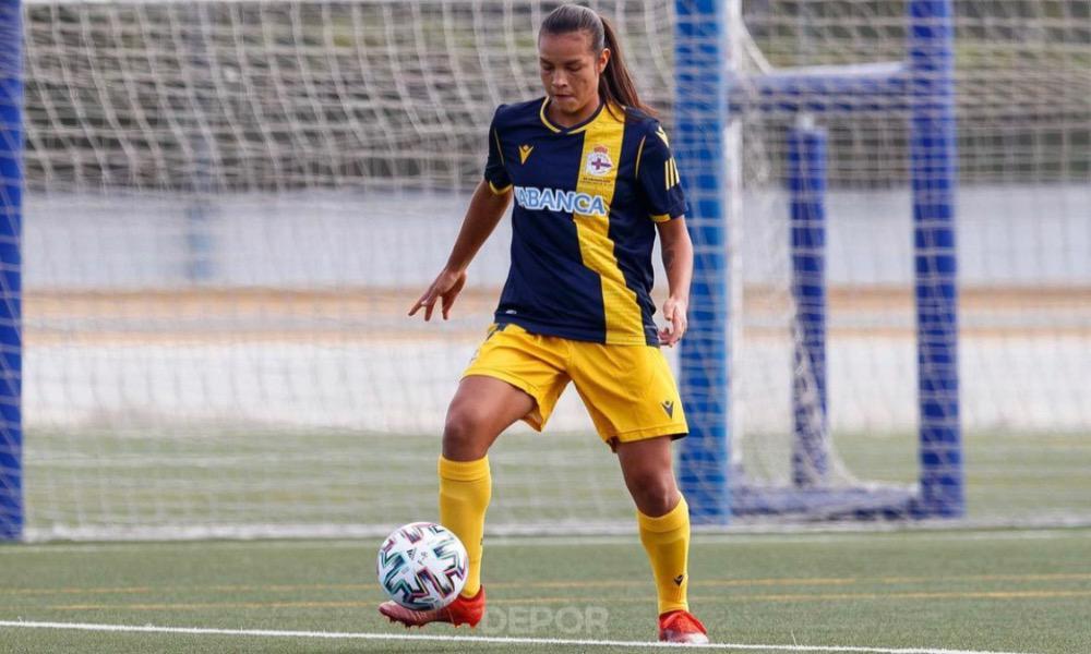 Stephannie Blanco sigue firme en la titular del Deportivo La Coruña, que no logra salir del mal momento en el fútbol español.