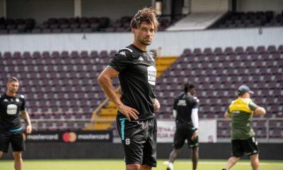 Christian Bolaños volverá a estar disponible en el Saprissa, tras recuperarse de una recarga muscular.