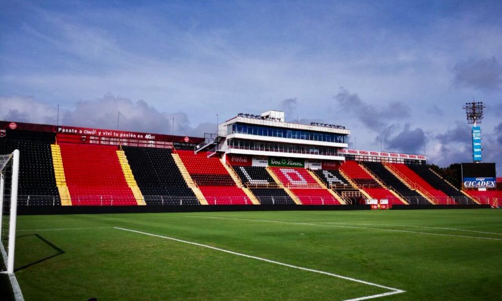 El estadio Alejandro Morera Soto ya no está hipotecado. Como resultado de la cancelación de todas las deudas de Alajuelense, el inmueble fue liberado.