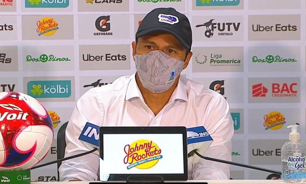 Gilberto Martínez, técnico de Grecia, ahora le exige a sus jugadores ganarle a todos los otros equipos, al igual que lo hicieron sobre Saprissa.