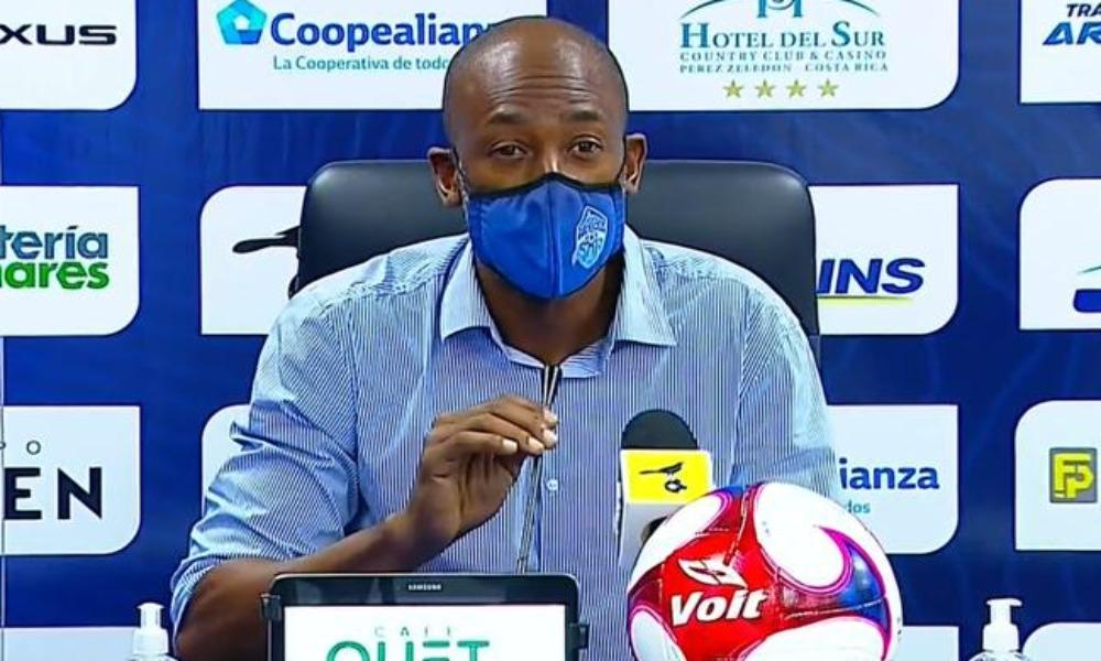 Paulo César Wanchope no hizo drama luego de la goleada que sufrió el Pérez Zeledón a manos de Liga Deportiva Alajuelense.