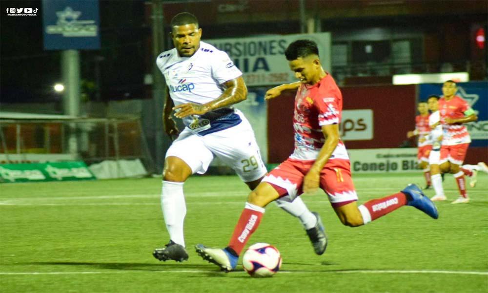 Santos superó al Cartaginés en un duelo con pocas opciones de gol y mucho juego de medio campo.