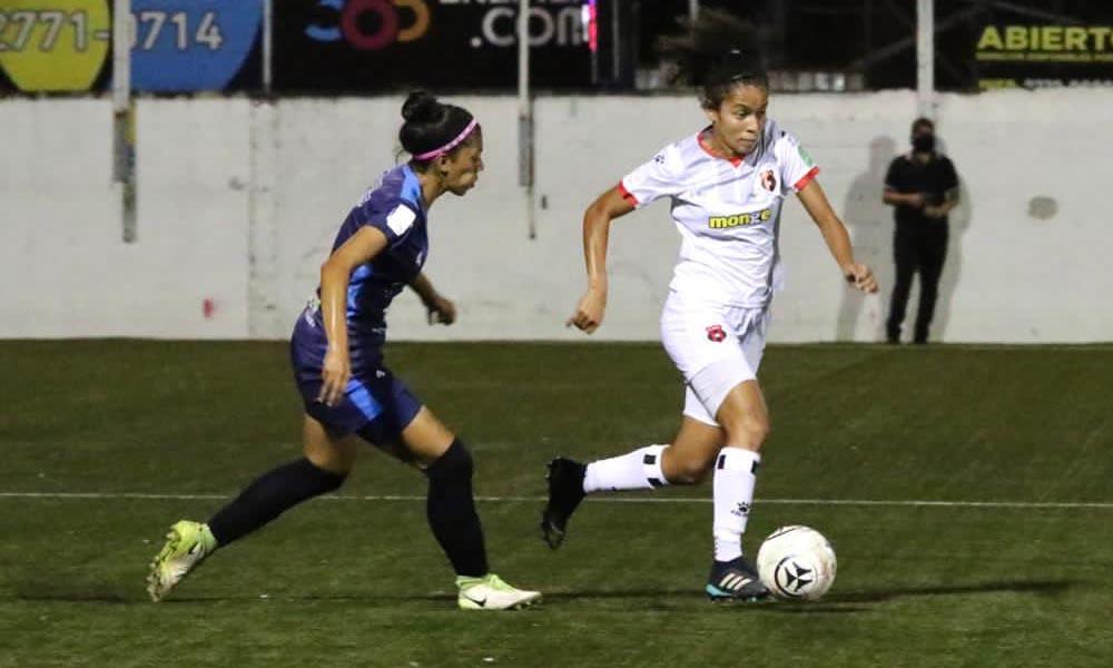 El equipo de Suva se impuso esta noche ante Liga Deportiva Alajuelense, para meterse en la pelea por los puestos altos de la tabla.